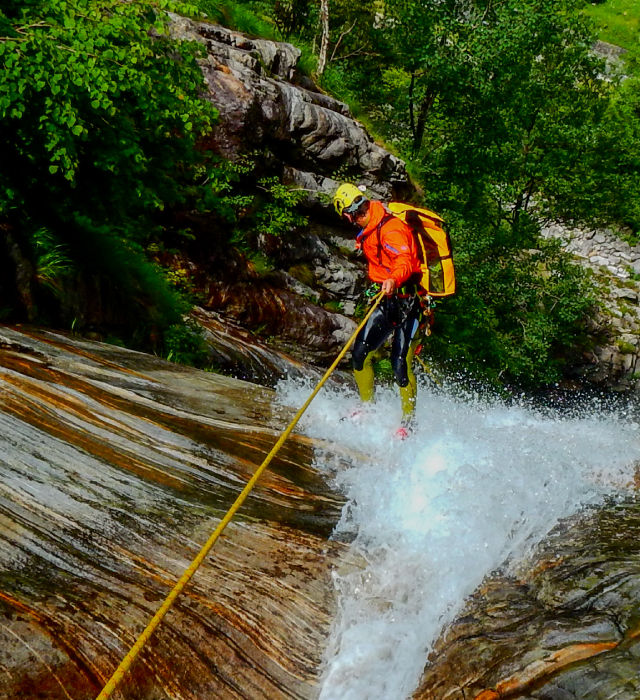 Speleo a canyoning